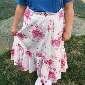 NWOT Floral Midi Skirt